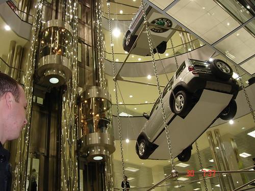 Diler kola u Moskvi