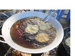 Frying chai pia 2
