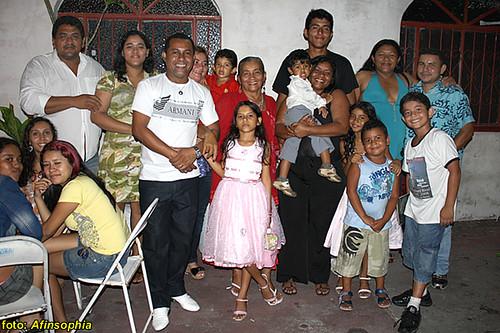 Mãe Emilia e sua familia.