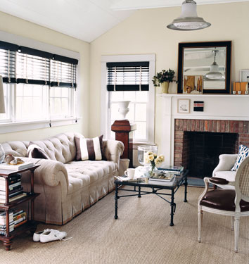Neutral paint colors: 'Edgecomb Gray' by Benjamin Moore