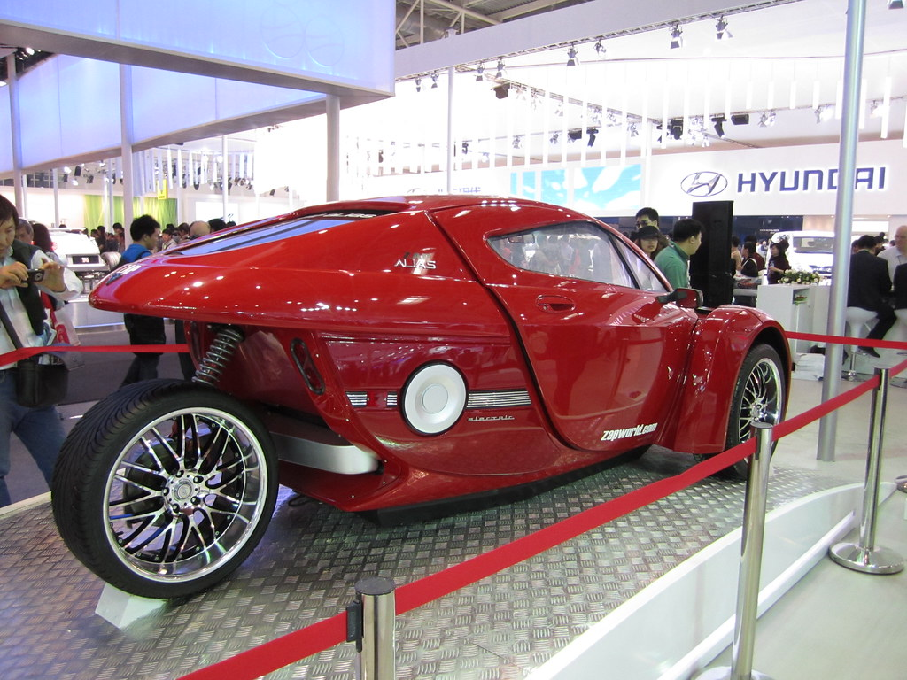 Futuristic 3-wheeled car at the Beijing Motor Show