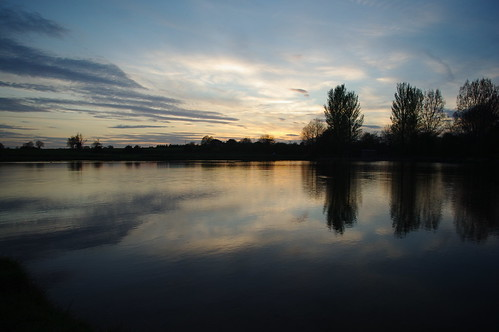 20100427-12_Potford's Dam Pool - Near Cawston Woods (Rugby) by gary.hadden