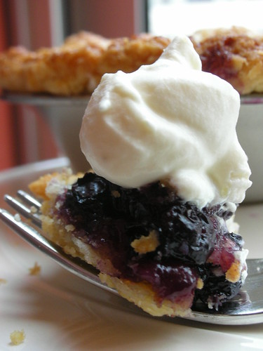 double-crusted blueberry pie
