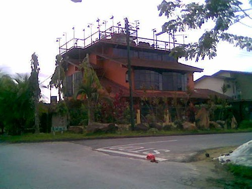 Sibu's unique house 1