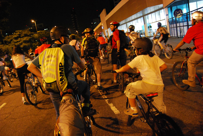 BicicletadaSP-Abr08_0278