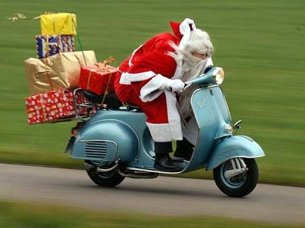 papa noel vespa by you.