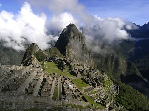 Machu Picchu (horizontal)