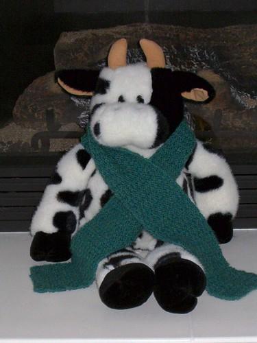 Mooreen models a scarf
