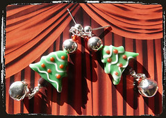 Orecchini rosso verde albero di Natale - Green red earrings Christmas Tree MEHNSON
