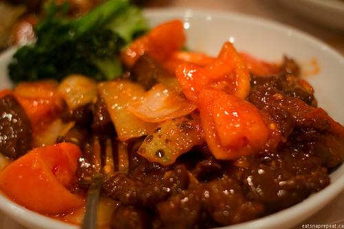 Poco Ocean 海富小館 - Beef in Tomato sauce