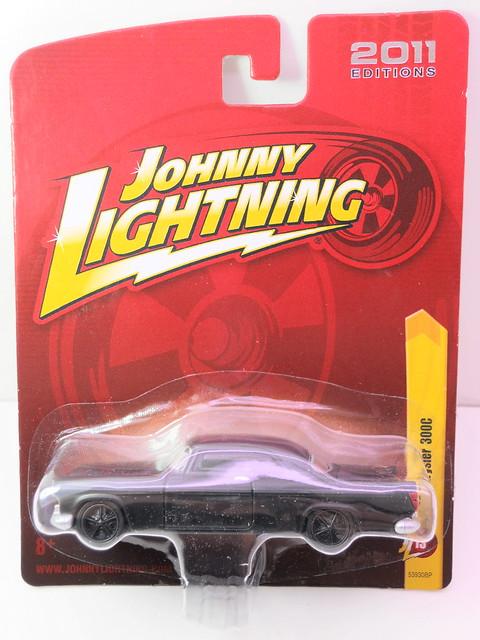 johnny lightning 1955 chrysler 300c (1)