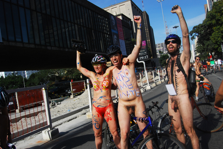 WorldNakedBikeRideSP076