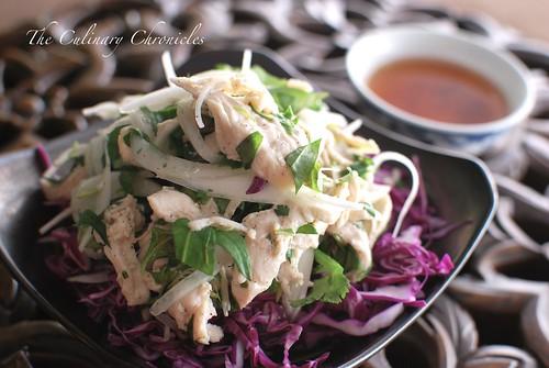 Thịt Gà Bóp Rau Răm (Huế Style Chicken Salad with Vietnamese Cilantro)