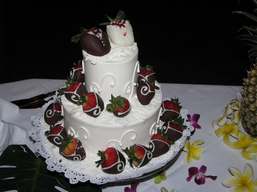 Wedding Cake by Maui Wedding Cakes