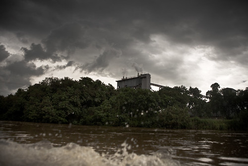 Rio Paraíba do Sul by Paulo Fehlauer.