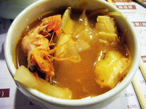 盛出來的海鮮湯