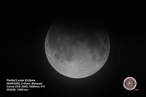 Partial Lunar Eclipse on Sep2006. Click to enlarge