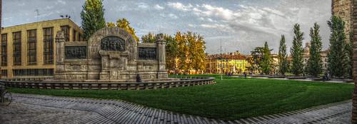 Panorama del monumento a Verdi.