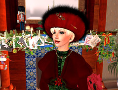 Saffia in ~Ztique~s All Wrapped Up hat and jewel set