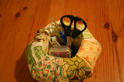 Pincushion Caddy - Loaded