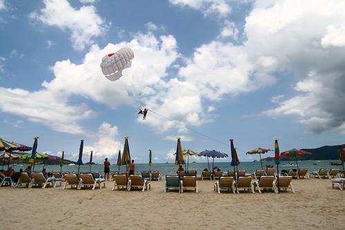 Beach-parachuting