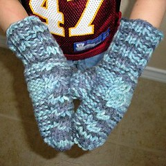 Arctic Cable Mittens (1)