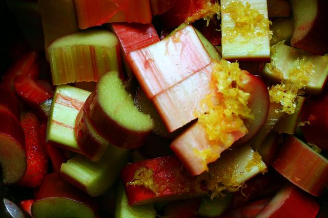 strawberry-rhubarb compote
