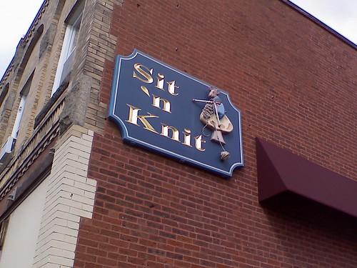 Sit N Knit Sign