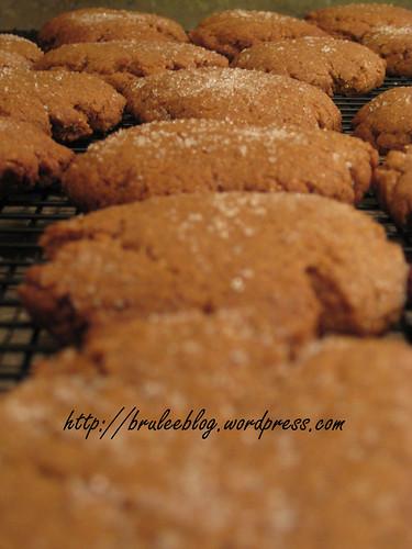 Low-Sugar Molasses Cookies