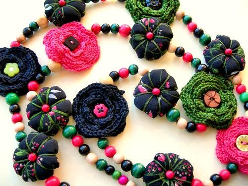 Collar Fleurs