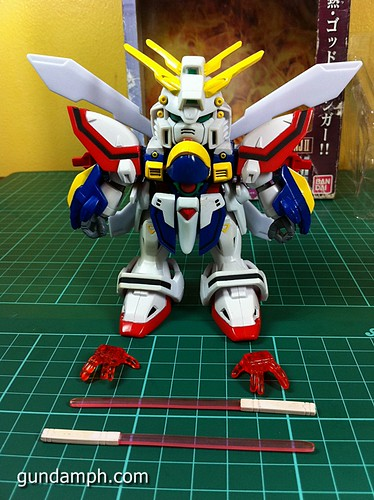 SD Archive God Gundam (11) Out Of Box Review