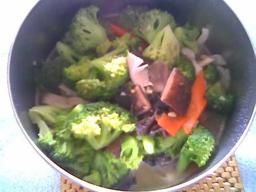 Tiffin carrier - brocolli and mushroom