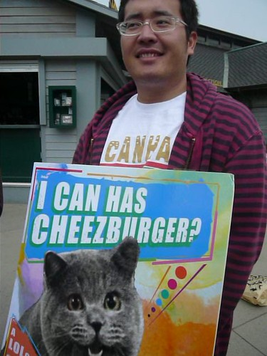 I can has Cheezeburger at Zoo