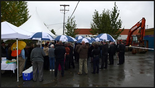 Rainy day groundbreaking ceremony at new Credit Union 1 site in Mt. View.