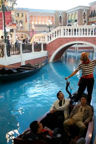 Gondola at The Venetian