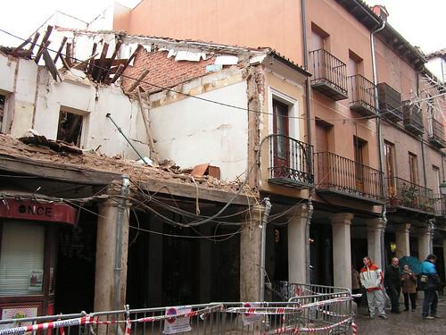 Derrumbe en la calle Mayor (IV)