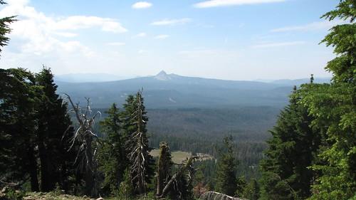 View along Watchman Peak trail