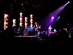 R.E.M. - Everybody here! 26/09/2008