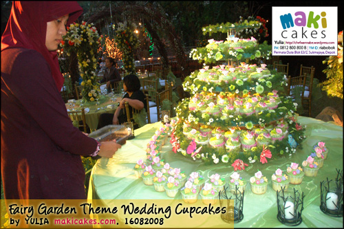 Fairy Garden Theme Wedding Cupcakes- Setting3 - Maki Cakes