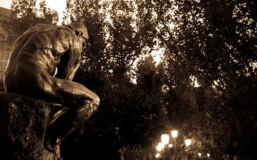 El pensador de Rodin en Sevilla