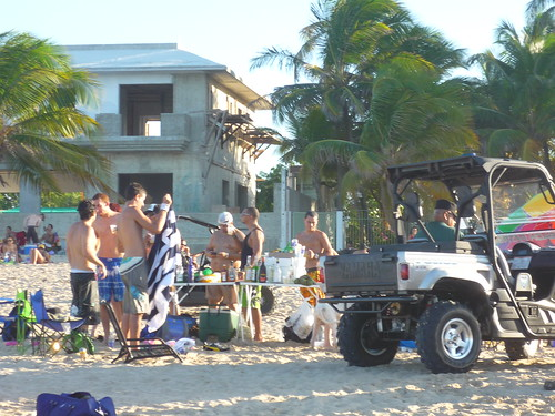 An impromptu bar on the beach
