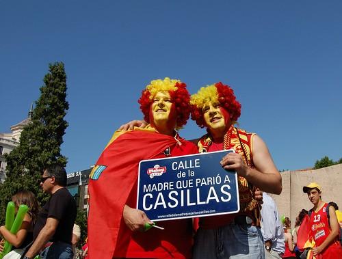 Movimiento para llamar a una calle La madre que parió a Casillas