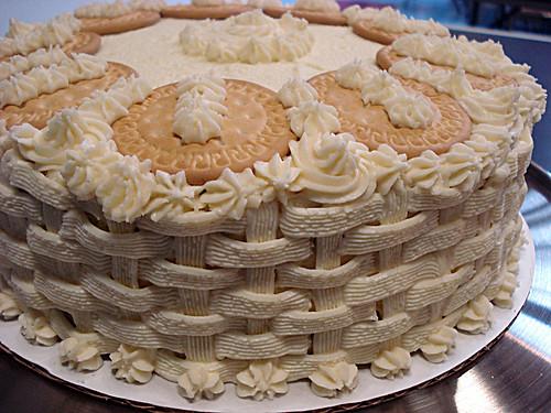 chai spice cake detail