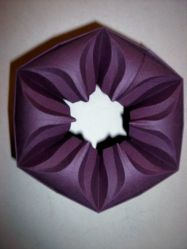 Lid for Hexagonal flower box by you.