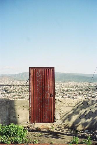 Puerta al vacío