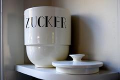zucker canister