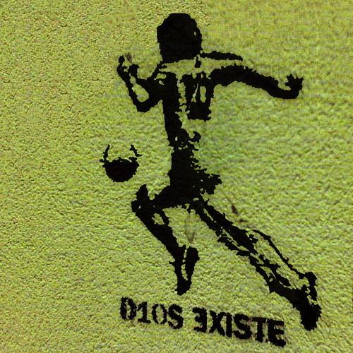 """""""Jumala on olemassa"""", argentiinalainen seinämaalaus"""
