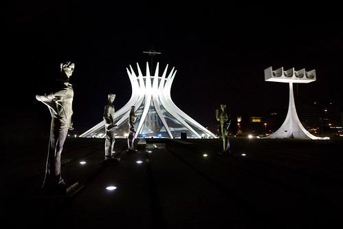 National Cathedral at Night - foto de Basbateve
