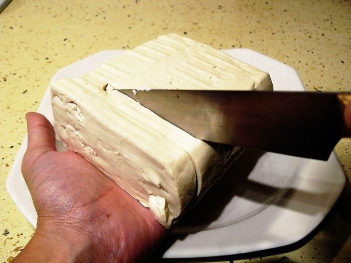 Cortando tofu
