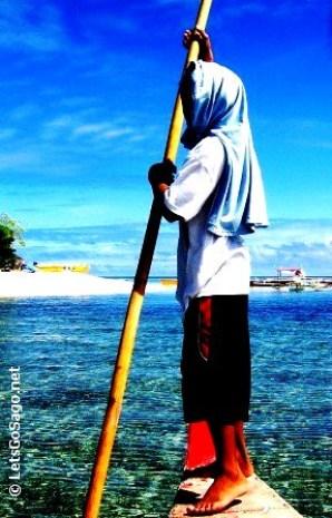 Poser: Boatman @ Camiguin Island